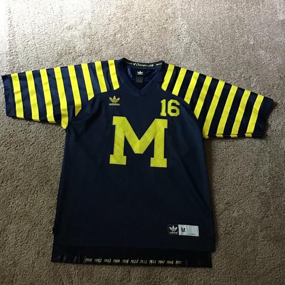 Denard Robinson Michigan Football Jersey